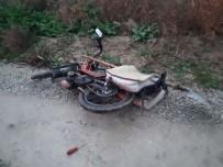 TOSUNLAR - Denizli'de Motosiklet Kazası Açıklaması 1 Ölü