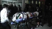 GÖKTEPE - Konya'da Otomobil Elektrik Direğine Çarptı Açıklaması 3 Yaralı