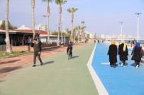 BİSİKLET YOLU - Mezitli Sahili Kentsel Tasarım Projesi'nde Sona Gelindi