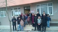 Öğretmenler Öğrencileri Evlerinde Ziyaret Etti