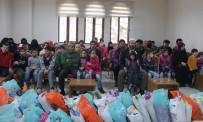 Suriyeli Öğrencilere Giyim Yardımı