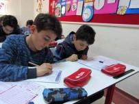 FATIH YıLMAZ - Yozgat Çözüm Koleji'nin Bursluluk Sınavı Yoğun İlgi Gördü