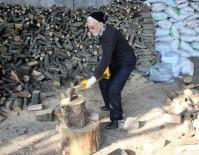MANGAL KÖMÜRÜ - 85'Lik Herkül, Her Gün 3 Ton Odun Kırıyor