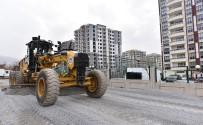 YıLDıZTEPE - Battalgazi Belediyesi'nin Yol Yapım Çalışmaları