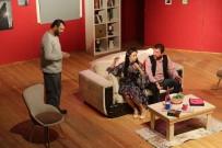 HAKAN BİLGİN - Büyükşehir'de Tiyatroseverleri Unutmadı