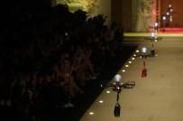 MILANO - Defilede Çantalar 'Drone'la Tanıtıldı