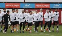 YASIN ÖZTEKIN - Galatasaray, Akhisarspor Maçı Hazırlıklarını Tamamladı