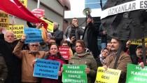GEÇİM SIKINTISI - İzmir'de Esnaf Semt Pazarının Kapanmasını Protesto Etti