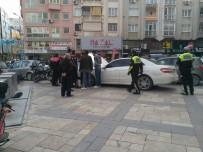 YARDIM TALEBİ - Kaçan Lüks Otomobil Polisi Alarma Geçirdi