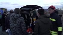 GÖKTEPE - Konya'da Otomobil Elektrik Direğine Çarptı Açıklaması 2 Ölü, 1 Yaralı