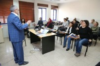 ÇOCUK BAKIMI - Odunpazarı'nda Eğitimli Bakıcılar Yetişiyor