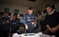 YILDIZ FUTBOLCU - Pepe'nin Doğum Günü Kutlandı