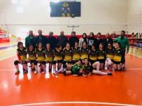BAYAN VOLEYBOL TAKIMI - Spor-Der Bayan Voleybol Takımı 2. Lige Yükseldi