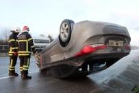 UZUNTARLA - 150 Metre Takla Atan Otomobilden Burnu Bile Kanamadan Çıktı