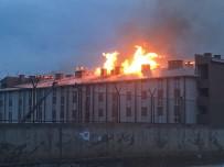 AHMET GENÇ - Ağrı'da Tugay Komutanlığında Korkutan Yangın