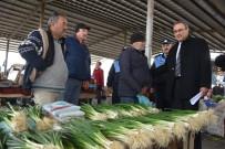 MEHMET SARI - Başkan Karaçoban'dan Gazi Babasına Pazaryerinde Ziyaret