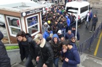 SPORDA ŞİDDET - Derbiye Meşale Sokan Taraftarların Cezası Belli Oldu