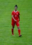 SLOVAKYA - Döşemealtı Kadın Futbolcularına Milli Görev