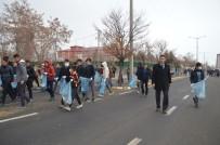 OSMAN SARı - Eleşkirt'te Öğrencilerden Çevre Temizliği