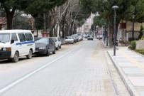 ONARIM ÇALIŞMASI - Saruhanlı'nın En İşlek Caddesi Yenilendi