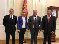 MOLDOVA - Akpınar, Moldova Cumhurbaşkanı Igor Dodon İle Bir Araya Geldi