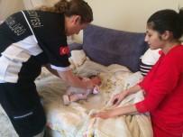 UYKU DÜZENİ - Burhaniye Belediyesi 'Minik Eller'i Tutuyor