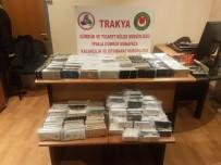 GÜMRÜK MUHAFAZA EKİPLERİ - İpsala Gümrük Kapısı'nda Bin 30 Adet Cep Telefonu Ele Geçirildi