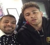 NEYMAR - Neymar'dan Berber Hüseyin'e Selam