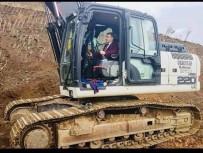 AHMET ÇAKıR - Pütürge'de Yol Çalışmaları Devam Ediyor