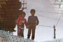 HÜSEYİN FİLİZ - Roketlerden Kurtulan Reyhanlı'da Hayat Normale Döndü