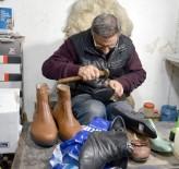 AYAKKABICI - Ayakkabıcılar Çıraksızlıktan Şikayetçi