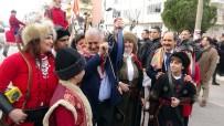 OKÇULAR - Başbakan'ı Balıkesir'de Atlı Okçular Karşıladı