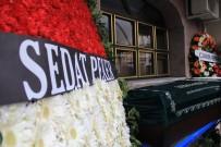 Zeytinburnu'nda Öldürülen Faruk Döner Son Yolculuğuna Uğurlandı