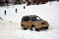 2 Bin Rakımlı Yaylada Kar Üstünde Ofroad Keyfi