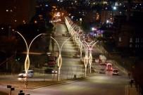 TAFLAN - Aliağa Belediyesinden İnönü Caddesine Estetik Dokunuş
