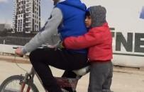 Bisiklette Tehlikeli Yolculuk