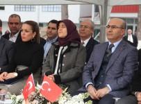 ADANA VALİSİ - Halil Avcı'ya TJK'dan Teşekkür Plaketi