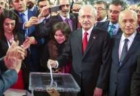 YıLMAZ BÜYÜKERŞEN - Kılıçdaroğlu, Yeniden CHP Genel Başkanı Seçildi