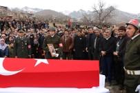 ALPASLAN KAVAKLIOĞLU - Niğdeli Şehit Köyünde Toprağa Verildi
