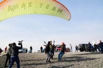 ENGELLİ ÇOCUK - Adana'da Engeller Yamaç Paraşütüyle Aşıldı