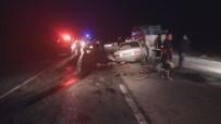Çorum'da İki Otomobil Kafa Kafaya Çarpıştı Açıklaması 3 Ölü, 1 Yaralı