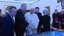 MINYATÜR - Cumhurbaşkanı Erdoğan'dan Papa'ya Hediye