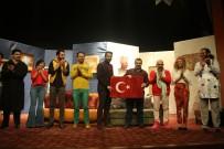 İSLAMOĞLU - 'Haydi Evine Koş' Tiyatro Gösterisine Yoğun İlgi