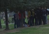 GRUP GENÇ - İstanbul'da Bıçaklı Kavga Açıklaması 3 Yaralı