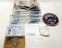 YUNUS TİMLERİ - Kaçan Taksideki Yolcudan Taş Kokain Çıktı