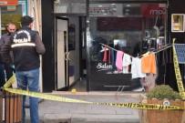 EĞLENCE MERKEZİ - Malatya'da Silahlı Saldırıya Uğrayan Kişi Ağır Yaralandı