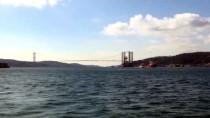İSTANBUL BOĞAZI - Petrol Platformu Taşıyan Gemi Yeniden İstanbul Boğazı'nda