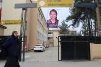 YARIYIL TATİLİ - Şehit Fatma Avlar'ın Fotoğrafı Okuluna Asıldı