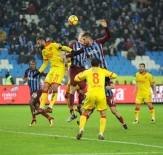 DEMBA BA - Spor Toto Süper Lig Açıklaması Trabzonspor Açıklaması 0 - Göztepe Açıklaması 0 (İlk Yarı)