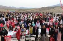 DİYARBAKIR VALİSİ - Vali Güzeloğlu, Oyuklu'da Vatandaşlarla Bir Araya Geldi